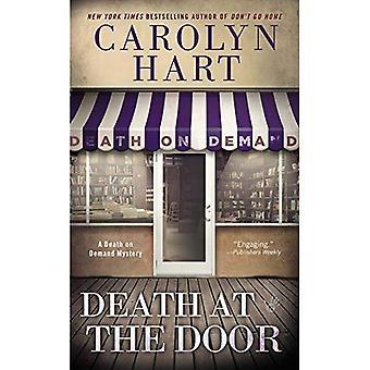 Tod an der Tür (Death on Demand Geheimnisse)