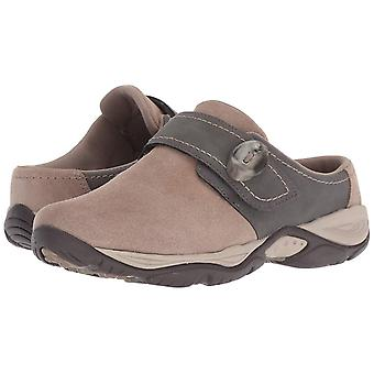 Easy Spirit Womens seEQUIP Suede Closed Toe Clogs