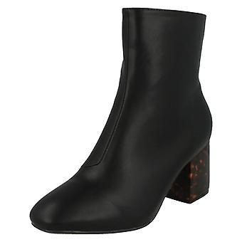 Damen-Spot auf blockieren fleckige Heel Ankle Boots F50563