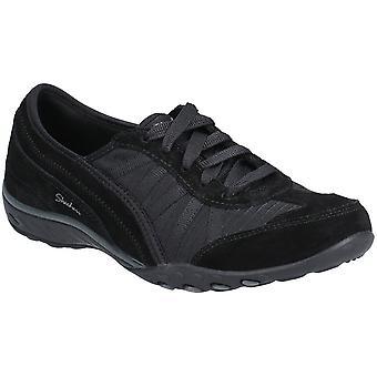 Skechers naisten hengittää-helppo-viikon lopun toiveet pitsi ylös kengät