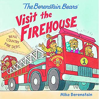 The Berenstain Bears Visit the Firehouse by Mike Berenstain - 9780606