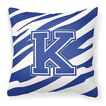 Monogram innledende K Tiger Stripe blå og hvit dekorative lerret stoff pute