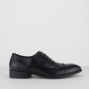 Blakeseys Constable Mens Leather Toe Cap Oxford Brogues Black