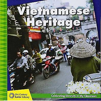 Vietnamese Heritage by Tamra Orr - 9781534107397 Book