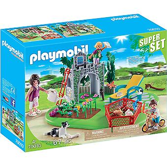 Playmobil 70010 Aile Bahçesi 67PC Superset