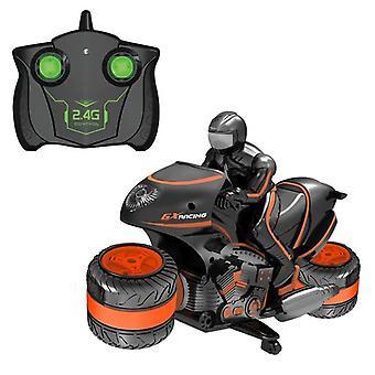 Stunt-auton kauko-ohjattava moottoripyörä