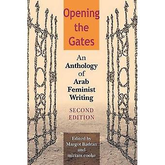 Abrir las puertas de una antología de escritura feminista Árabe por Badran y Margot
