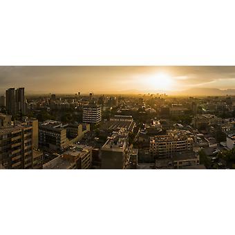 Vista aerea del paesaggio urbano al tramonto Santiago Cile Poster Print
