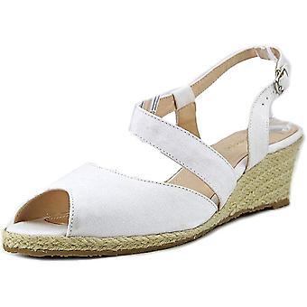 Beacon Womens Bonita Fabric Peep Toe Casual Espadrille Sandals