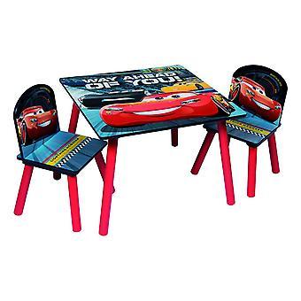 Katettu pöytä ja 2 tuolia autoa 3