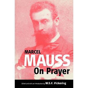 På bön genom Mauss & Marcel