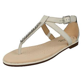 Ladies Clarks Toe Post Sandals Bay Poppy