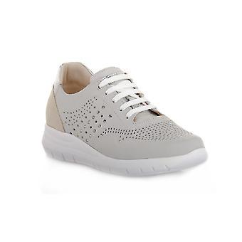 Grunland white call shoes
