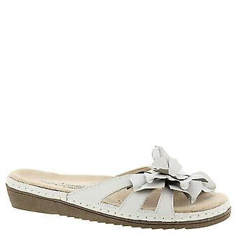 Beacon Womens Cupcake Leather Open Toe Casual Slide Sandals