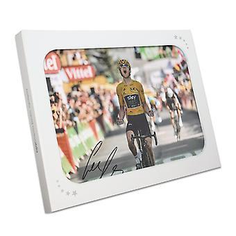 Geraint Thomas signiert Tour de France Foto: Alpe D'Huez Finishing Line Gift Box