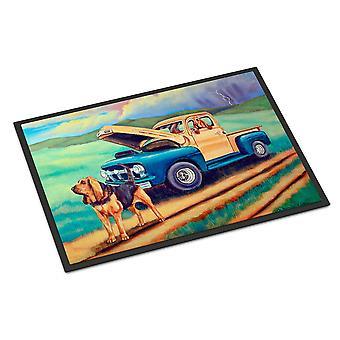 Caroline's Treasures Bloodhound Indoor Outdoor Doormat, 18 x 27, Multicolor