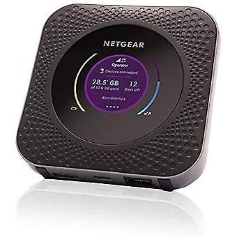 NETGEAR Nighthawk M1 Hotspot móvil 4G LTE Router MR1100-100NAS - Velocidad de hasta 1 Gbps | Conecte hasta 20 dispositivos | Cree WLAN en cualquier lugar | Desbloqueado para usar cualquier tarjeta SIM, póngase en contacto con su operador para un plan de datos