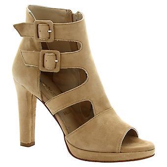 Leonardo sko kvinner håndlagde sandaler med hæler i beige semsket skinn