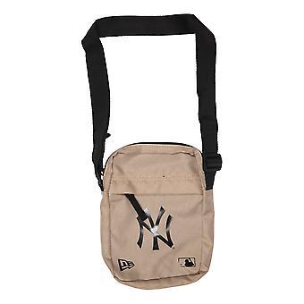 New Era MLB Side Bag ~ New York Yankees beige