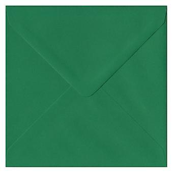 Xmas groen gegomd 155mm vierkante gekleurde groene enveloppen. 100gsm FSC duurzaam papier. 155 mm x 155 mm. bankier stijl envelop.