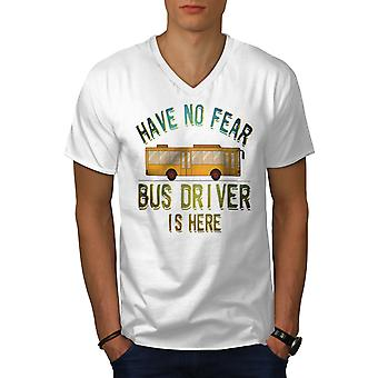 Busfahrer Here Men WhiteV-Neck T-Shirt | Wellcoda