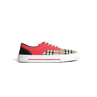 Burberry 8025792a4587 Heren's Red Fabric Sneakers