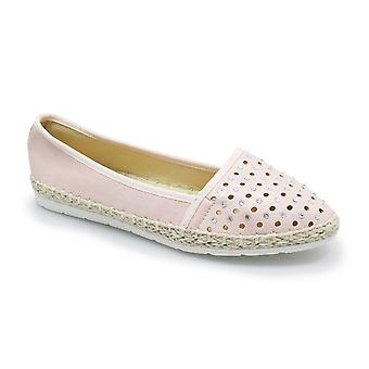 Lunar Lissy Perforated Leather Pump CLEARANCE