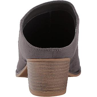 Chinese Laundry Womens Shelbi Pointed Toe Mules