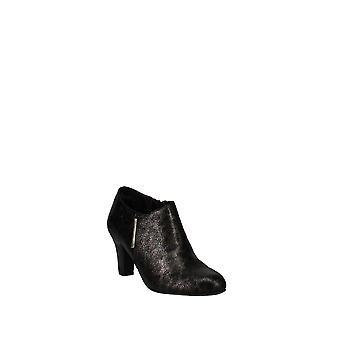 Easy Street | Zandra Closed Toe Ankle Fashion Boots