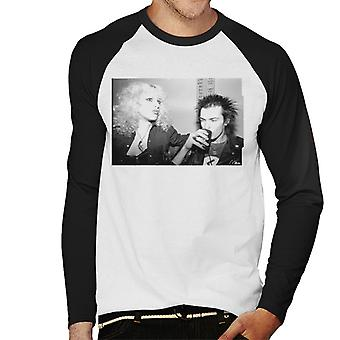 Sid Vicious And Nancy Spungen Drinking In London 1978 Men's Baseball Long Sleeved T-Shirt