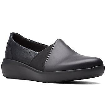 Clarks Kayleigh Step Naisten Slip On Shoes