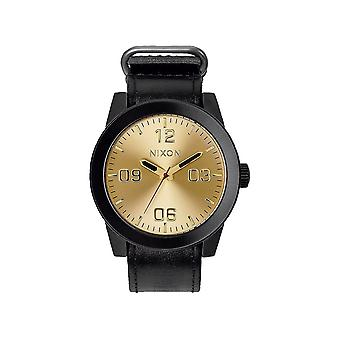 Nixon A243-010 Men's The Corporal Rugged Horween Leather Watch - Zwart