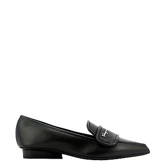 Salvatore Ferragamo 0732664 Dames's Black Leather Loafers