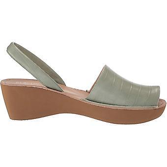 Kenneth Cole REACTION Women's Peep Toe, Platform Wedge Sandal