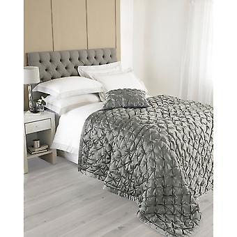 Riva Home Limoges Bedspread