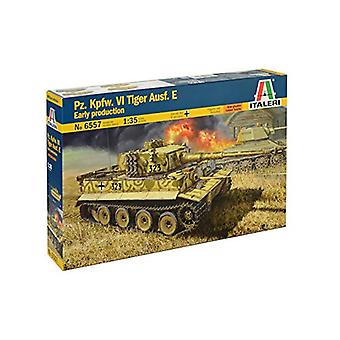 Italeri 6557 Pz. Kpfw. VI Tiger Ausf. E 1:35 Model Kit