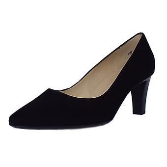 بيتر كايزر ماني الكلاسيكية شبه مدببة أحذية محكمة الكعب الأوسط في جلد الغزال الأسود