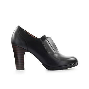 Chie Mihara Cemita Black Heeled Loafer