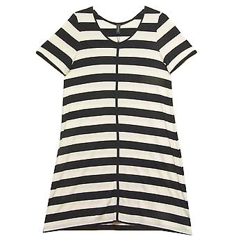 In Town Dress 181400 Black With White