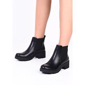 Platform Cleated Heel PU Chelsea Ankle Boots Black