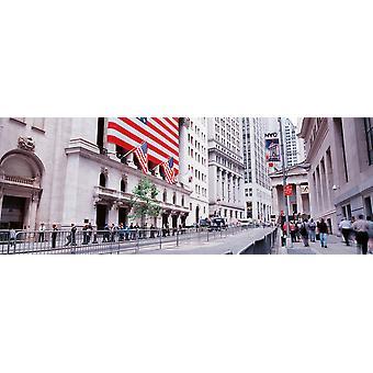 קבוצה של אנשים הולכים ברחוב וול סטריט מנהטן ניו יורק מדינת ניו יורק פוסטר הדפסה בארה ב