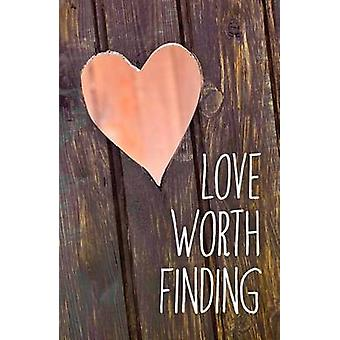 Love Worth Finding Pack of 25 by Dr Adrian Rogers