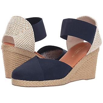 André Assous Womens Anouka Round Toe Casual Espadrille Sandals