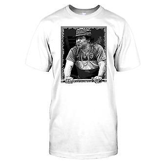 Maradonna Rauchen einer Zigarre-Herren-T-Shirt