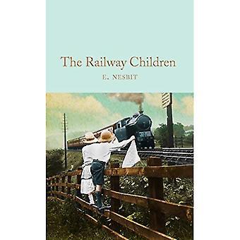 The Railway Children (Macmillan Collector's Library)