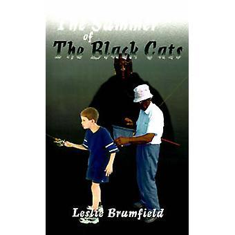 De zomer van de zwarte katten door Brumfield & Leslie