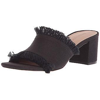 Bernardo Women's Blaire Heeled Sandal