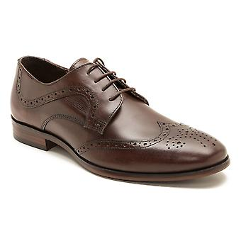 Red Tape Mottram Mens Brown Leather Brogue Gibsons
