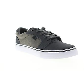 DC Anvil SE  Mens Gray Suede Low Top Lace Up Skate Sneakers Shoes