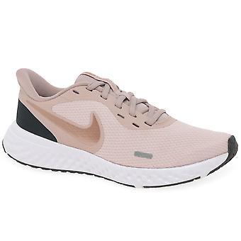 Nike WMNS Revolution 5 Girls Senior Sports Trainers
